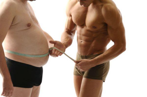 deux hommes abdos ventre mesure