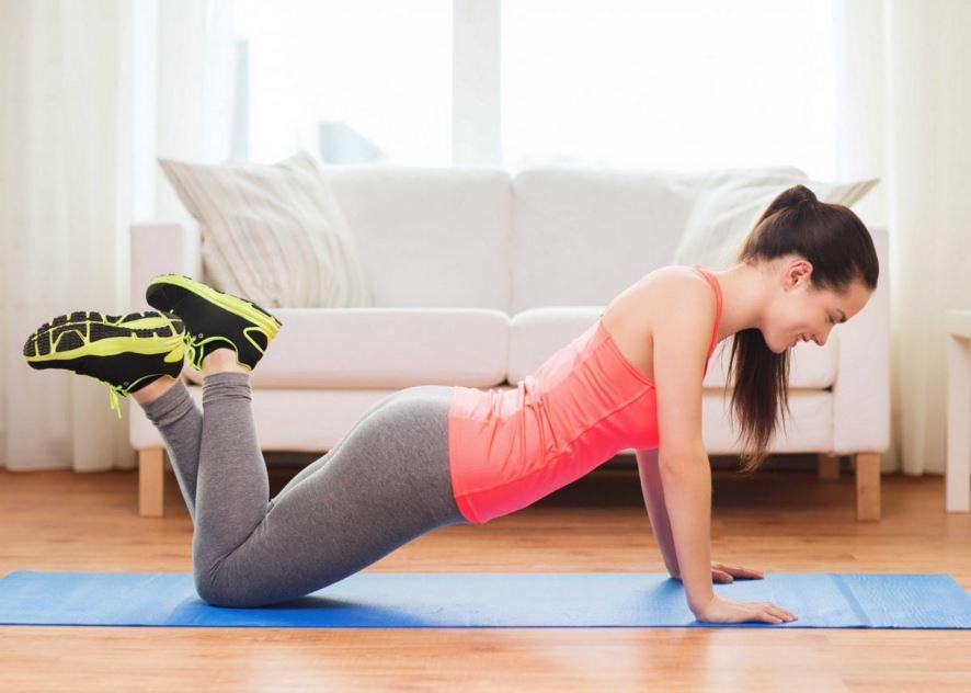 mouvements de pompes pour le ventre