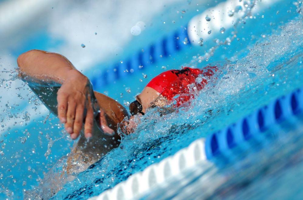 la natation pour affiner les jambes