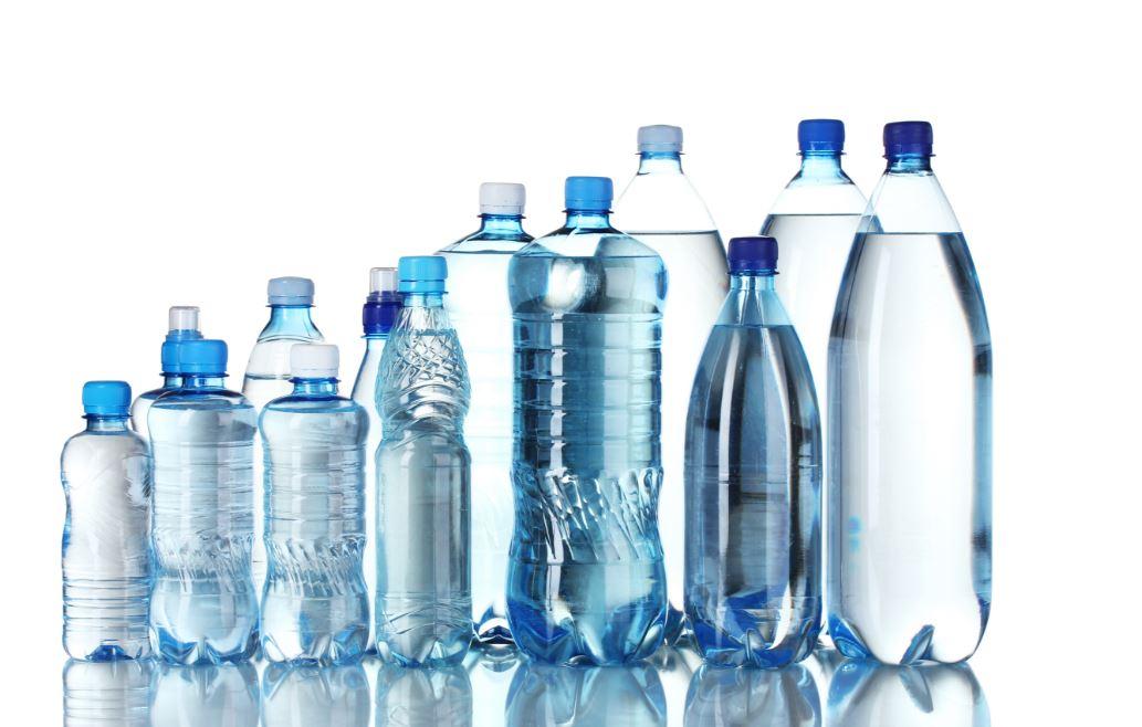 les inconvénients des eaux en bouteille