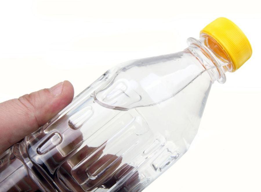 boire les eaux en bouteille