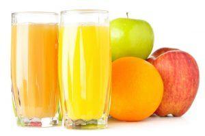 boire les jus de fruits
