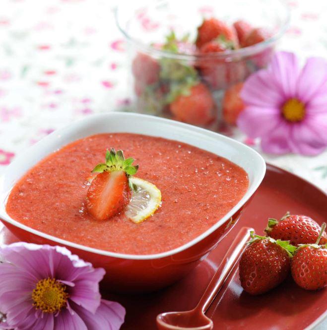 recette de soupe de fraises aux agrumes