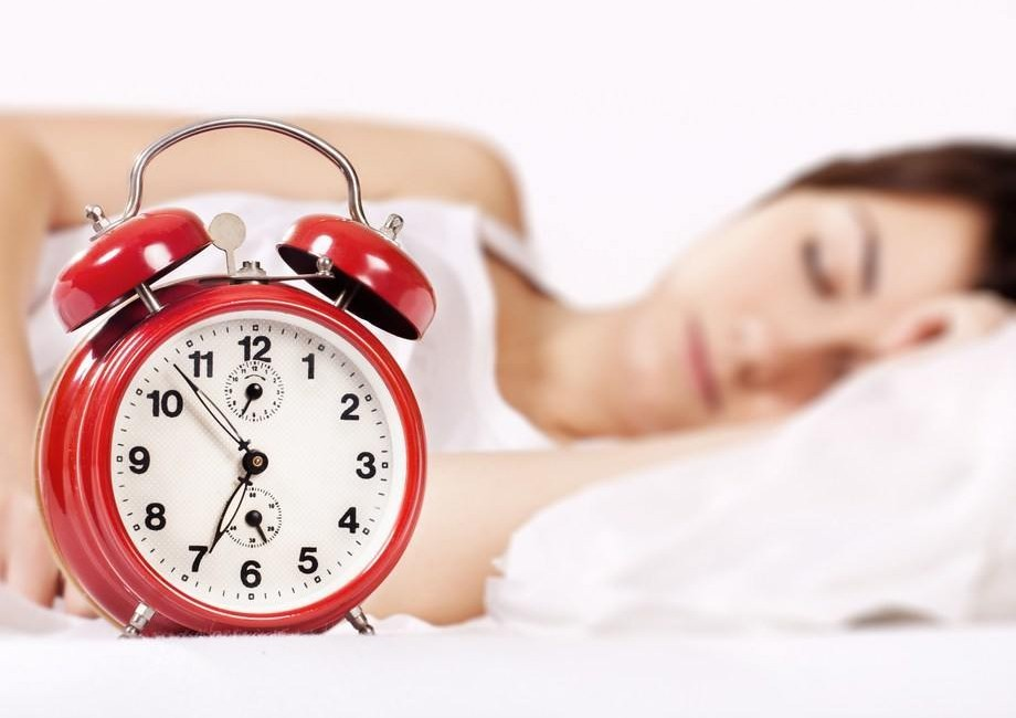 femme qui dors 8 heures