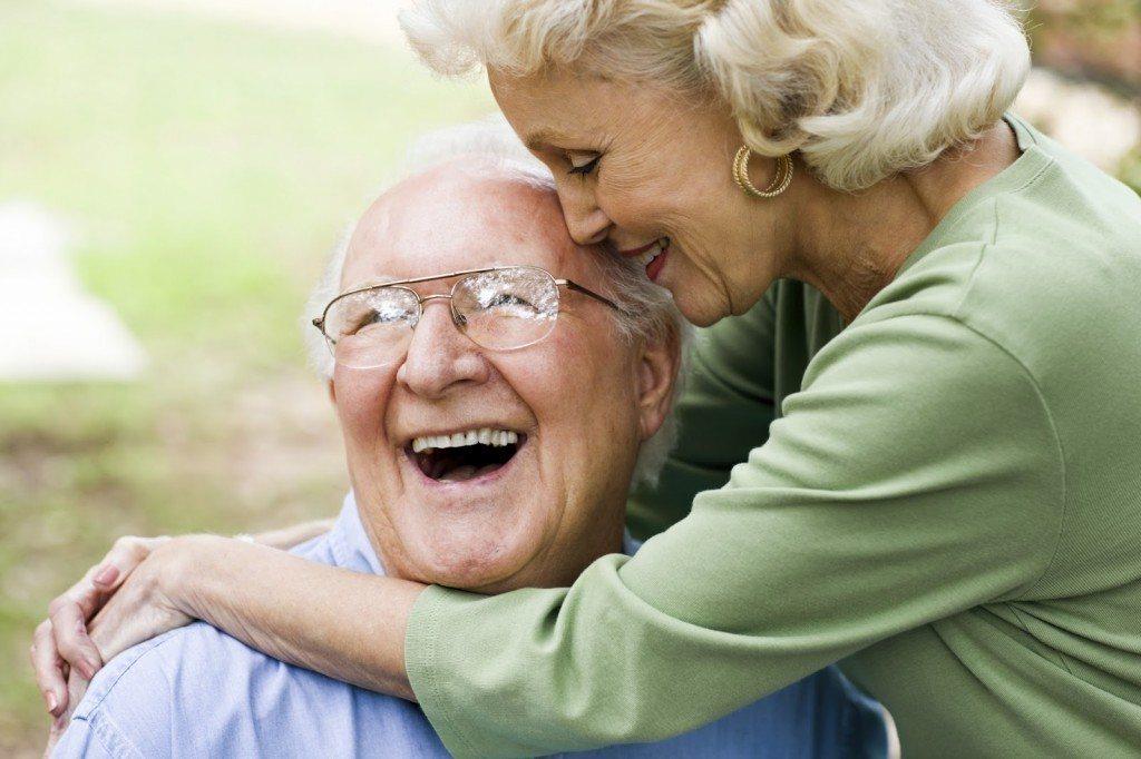 vieux couple en bonne santé