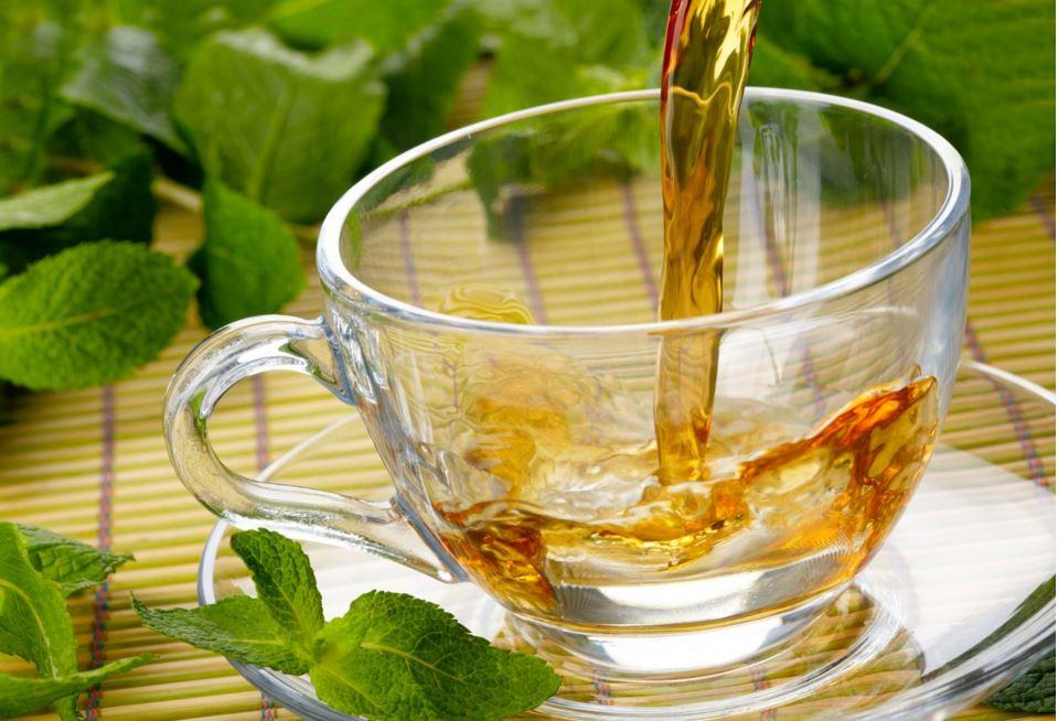 avantages d'une tasse de thé jiaogulan