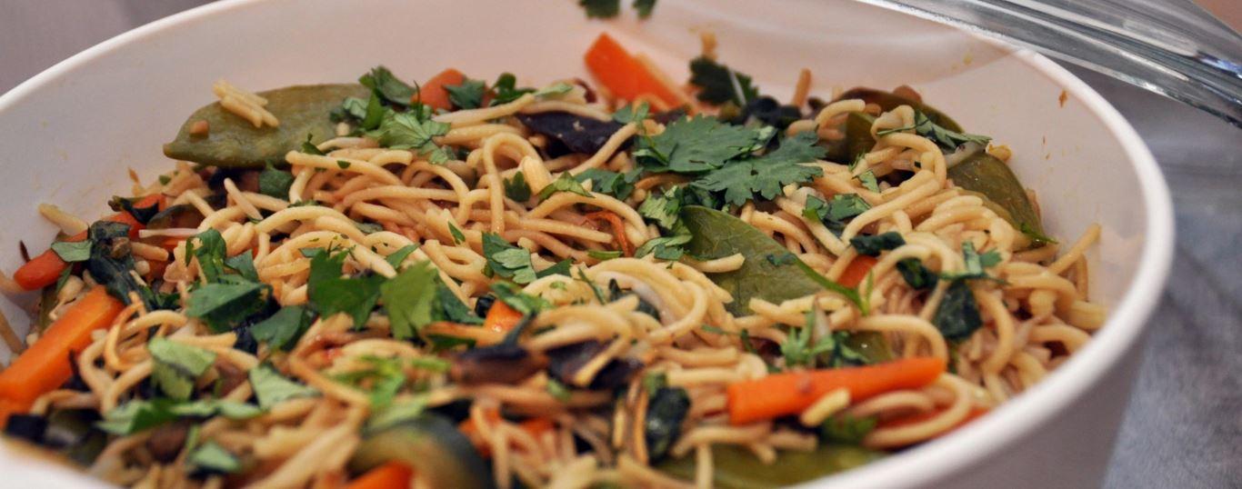 recette de nouilles sautées à la végétarienne