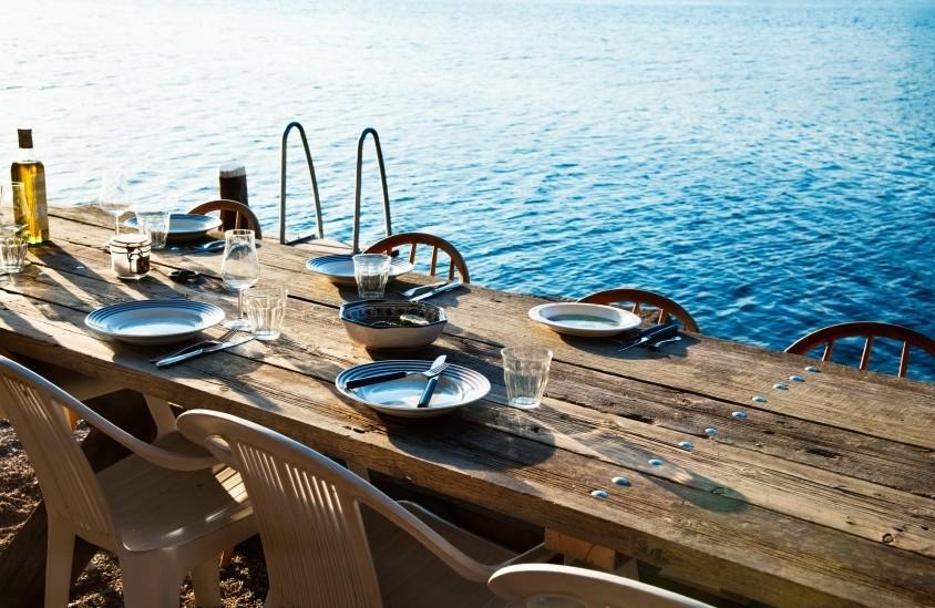 régime mediteranéen table bord de mer