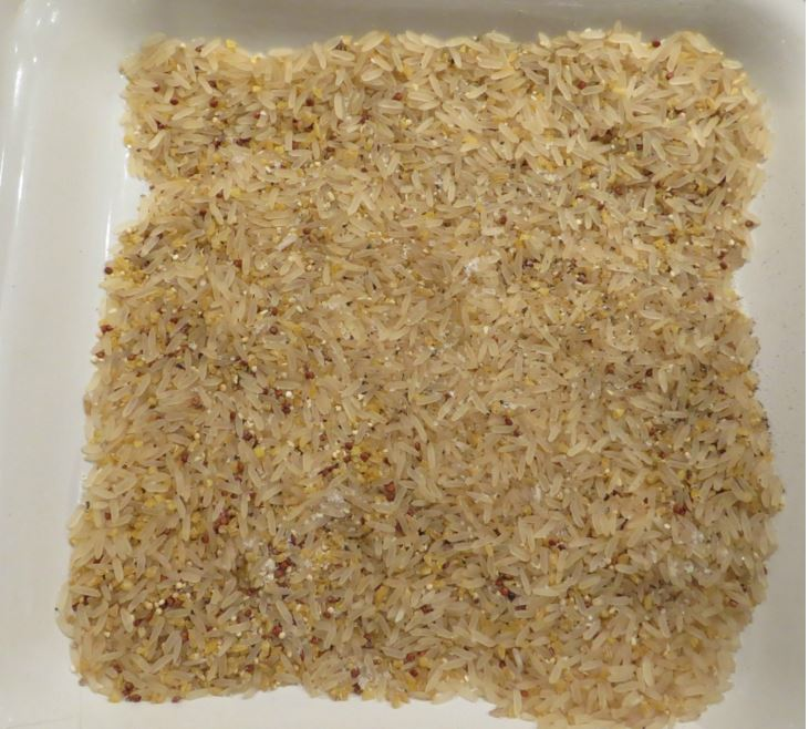 deux cuillères de riz brun