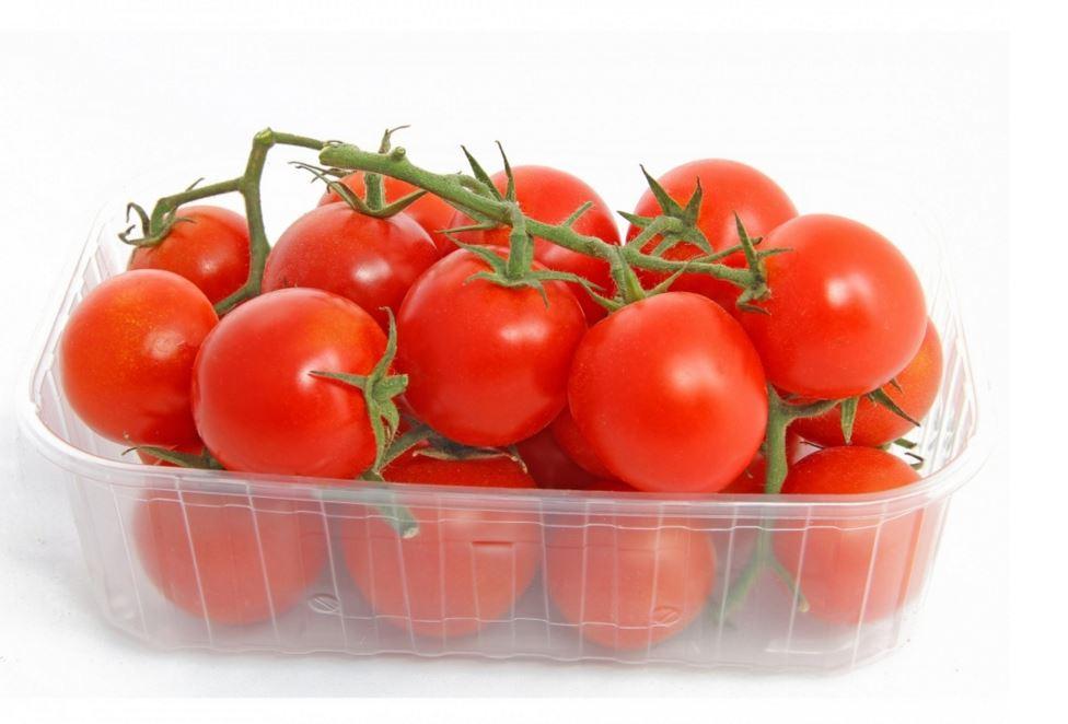 panier de tomates cerises