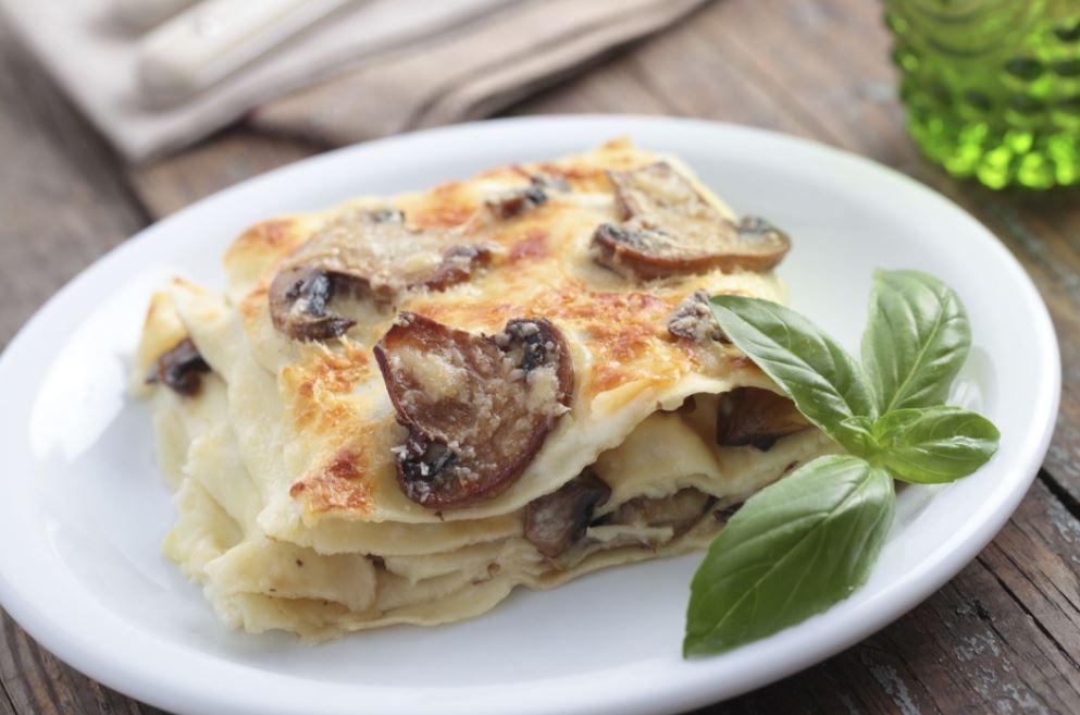 plat de lasagne aux champignons