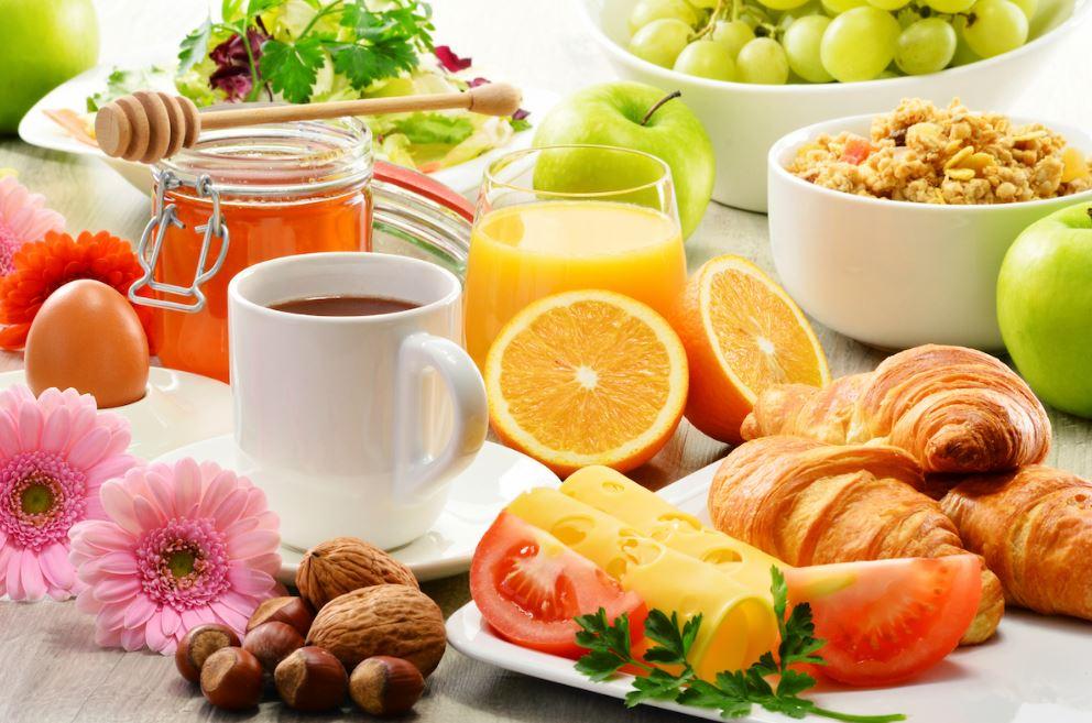 consommer un petit déjeuner sain